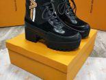 louis vuitton 鞋 2018新款 條紋V紋皮質系帶女生短靴 黑色