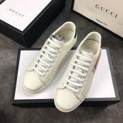 gucci鞋 古馳2018新款休閒鞋 200雙色跟貼牛皮時尚情侶鞋 白色