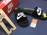 nike sb benassi solarsoft slide 運動拖鞋 2017新款 logo時尚情侶款沙灘拖鞋 黑白色