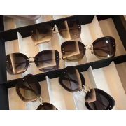 MIUMIU眼鏡 2017年6月新款 繆繆05蝴蝶鏡框墨鏡