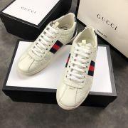 gucci鞋 古馳2018新款休閒鞋 200牛皮時尚百搭情侶鞋 白色壓紋