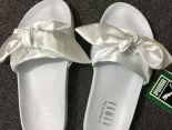 fenty bandana slide x puma緞帶鞋 蕾哈娜絲綢蝴蝶結時尚女生宮廷風拖鞋 白色